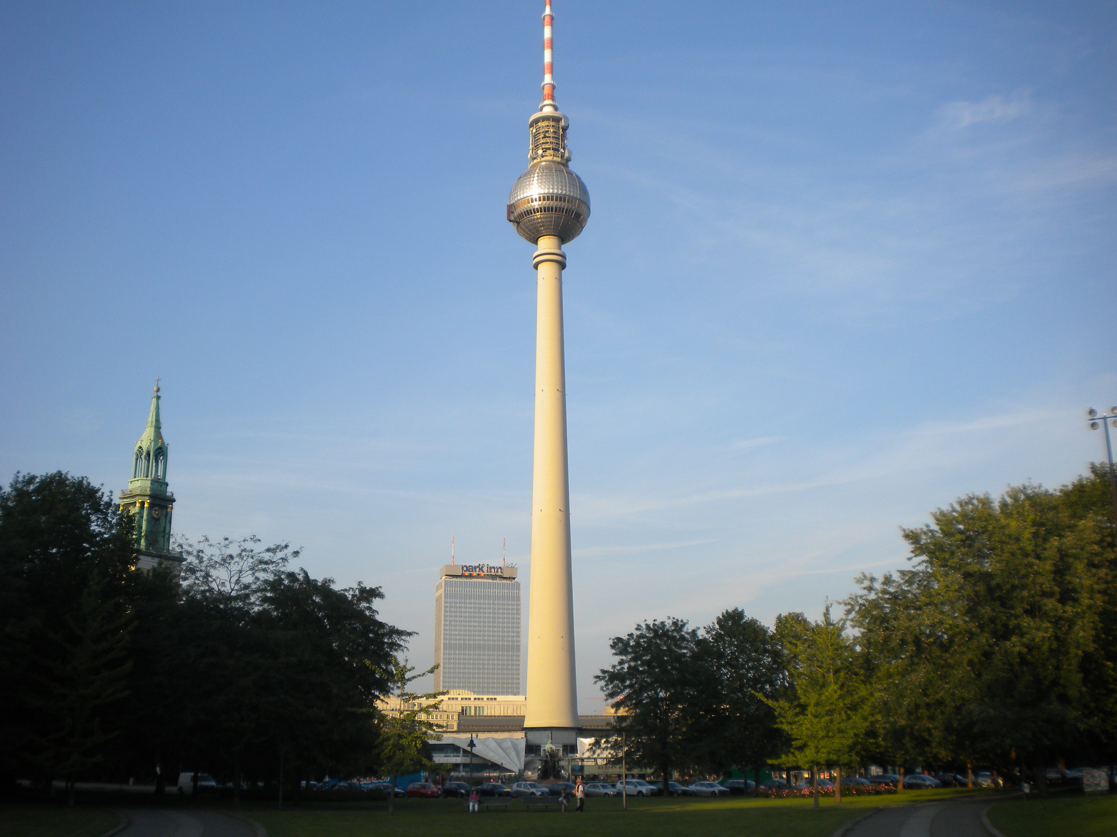 alexanderplatz 6 fernsehturm temporarily lost. Black Bedroom Furniture Sets. Home Design Ideas