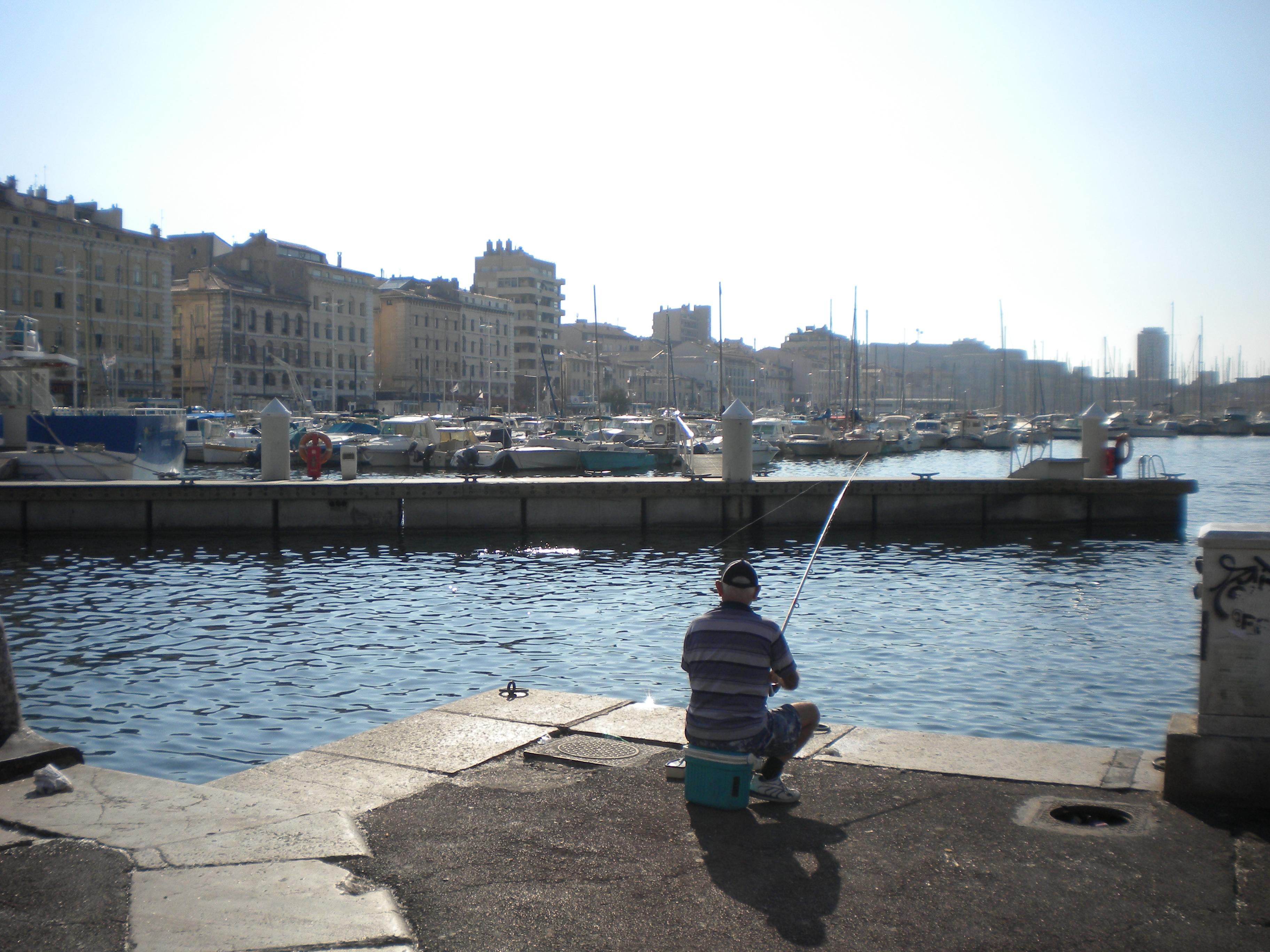 Vieux port harbor 1 temporarily lost - Bouillabaisse marseille vieux port ...
