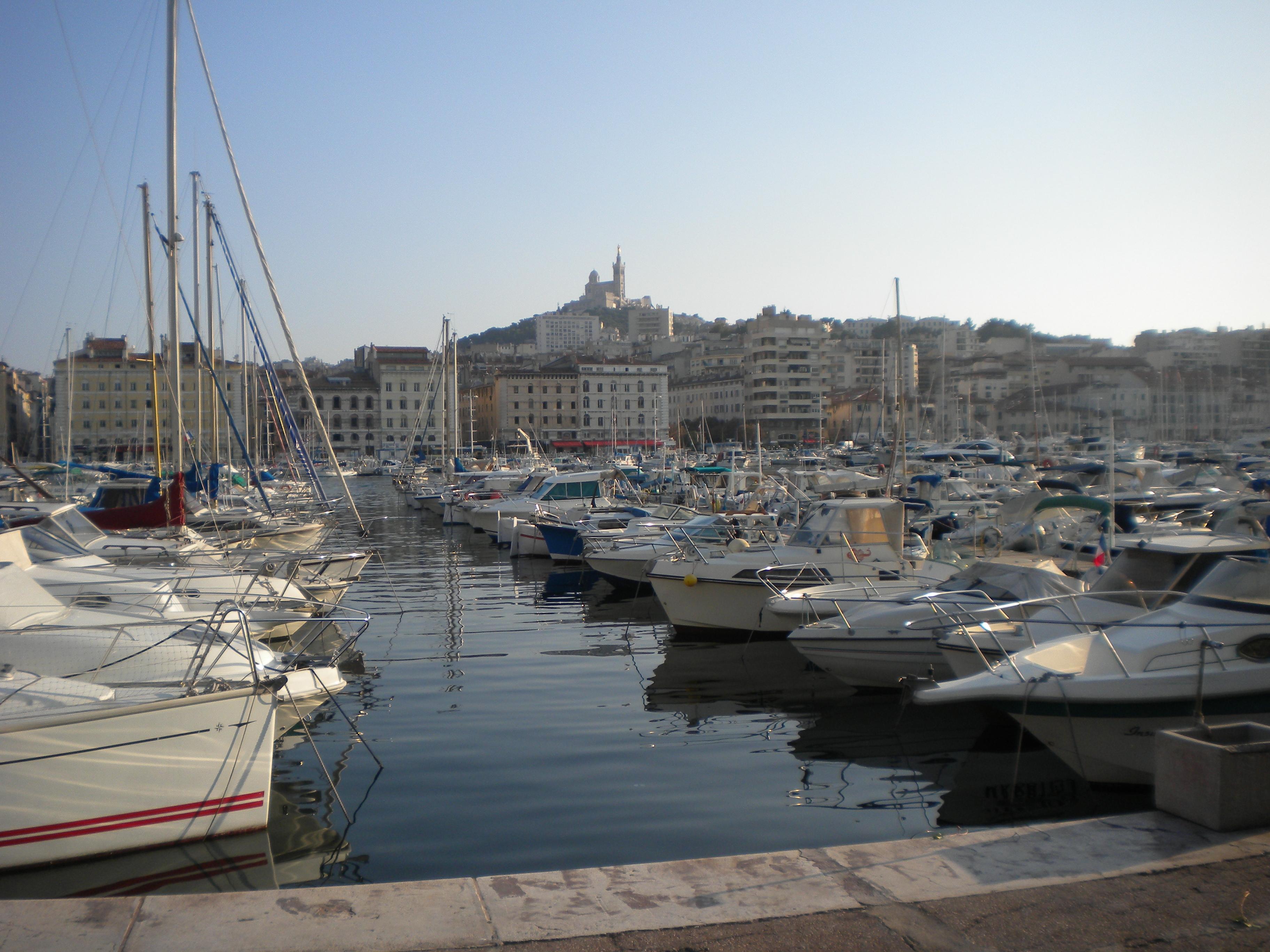 Vieux port harbor 8 temporarily lost - Bouillabaisse marseille vieux port ...