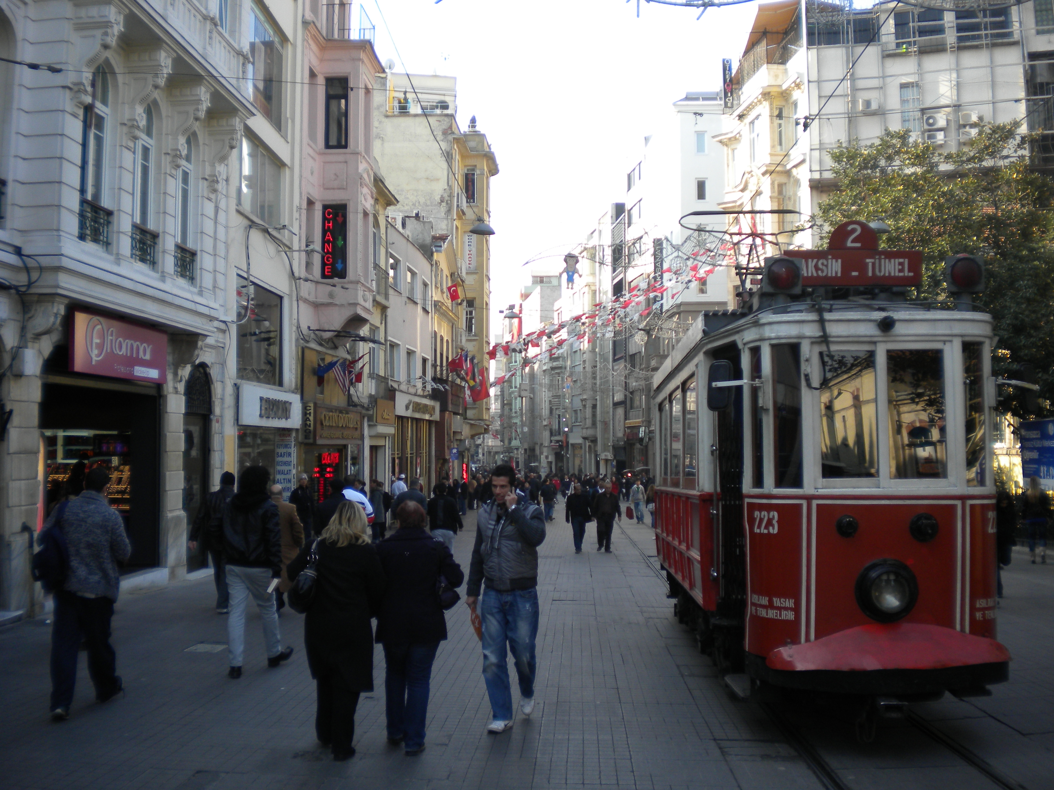 Istanbul 11 – Istiklal Caddesi  Temporarily Lost