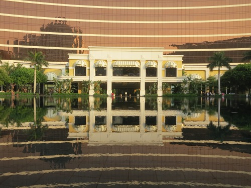 Reflections of the front entrace to the Wynn Resort and Casino