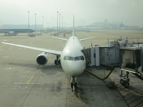 HK Airport 1 - Plane