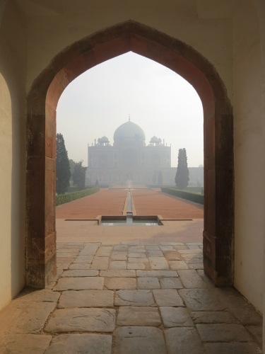 The first sight of Humayun's Tomb upon entering the complex