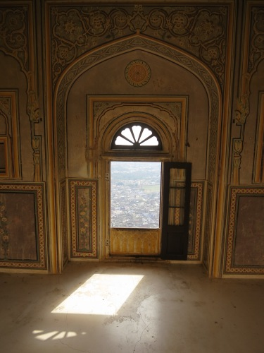 Nahargarh Fort (Monkey Fort) 9 - Light through Window