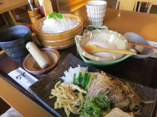 Being that Kyoto has an abundance of temples and shrines, it isn't surprising to learn that there are also many restaurants specializing in the vegetarian-only cuisine of the Shinto priests and Buddhist monks.  As such, here is my first introduction to the tofu-and-veggie-heavy fare