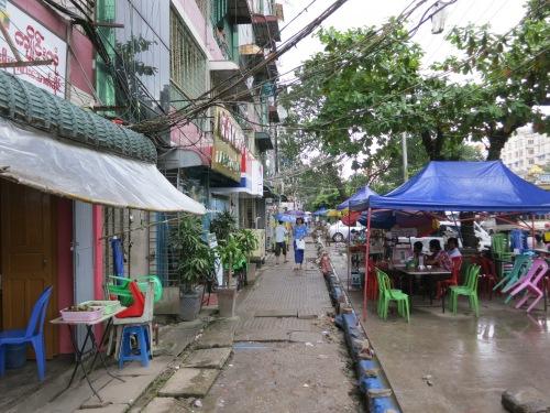 Botataung Paya 12 - Streets