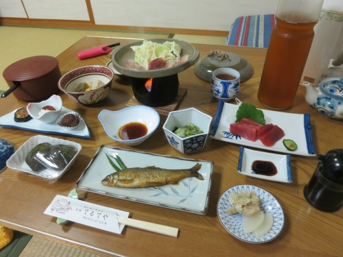 Another elaborate meal offered at a different Minsjuku