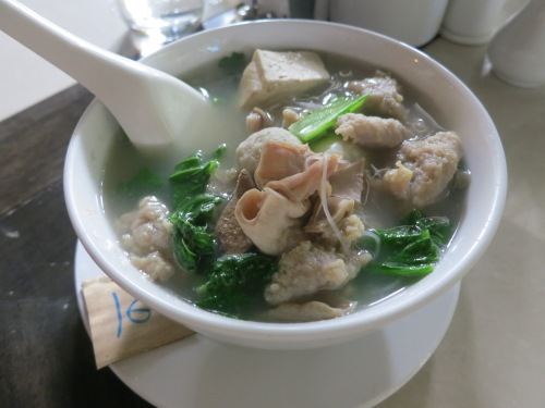 Chay Oh -- another noodle soup, this time with a variety of organ and offal bits, that is particularly favored by the Burmese