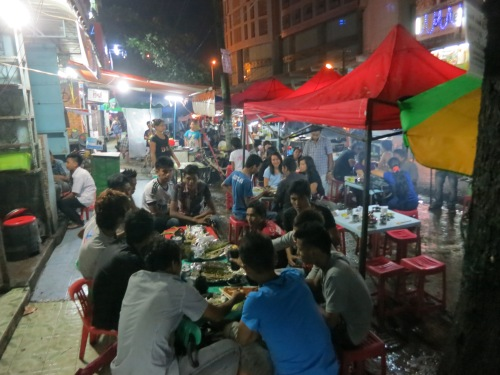 Some of the best places to drink are the tiny street stalls and night vendors, offering all the comforts of al fresco dining and tiny plastic stools