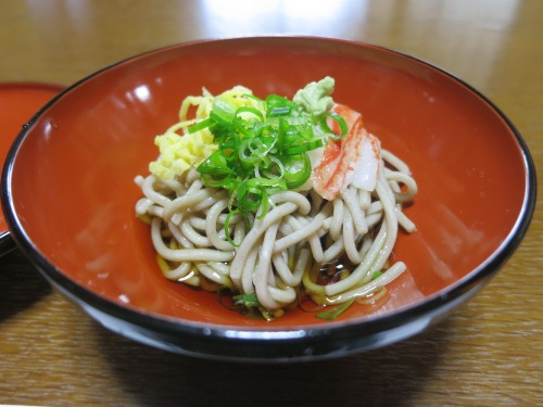 Cold soba noodles for a warm summer day