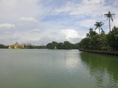 Kandawgyi Lake 21