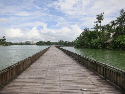 Kandawgyi Lake 29