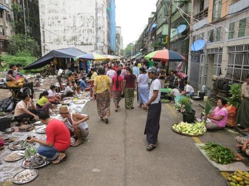 The morning market along 42nd Street