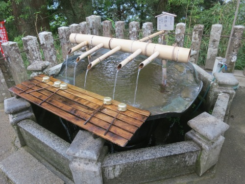 A fountain just outside of the equally enticing Nachisan Seiganto-ji Temple