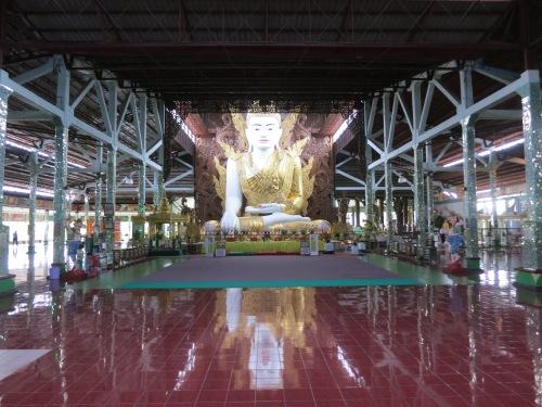 The hall the contains the stunning Buddha image at Ngar Htatt Kyee Paya