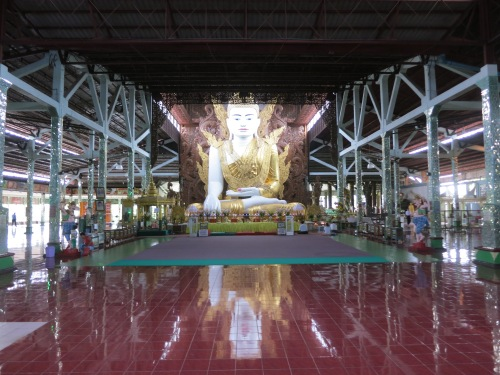 The hall the contains the stunning Buddha image at Ngar Htatt Kyee Paya