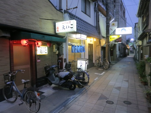 The streets of Tanabe, with every storefront marking another pub, restaurant, or izakaya