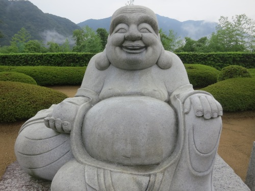 A love smiling Buddhas